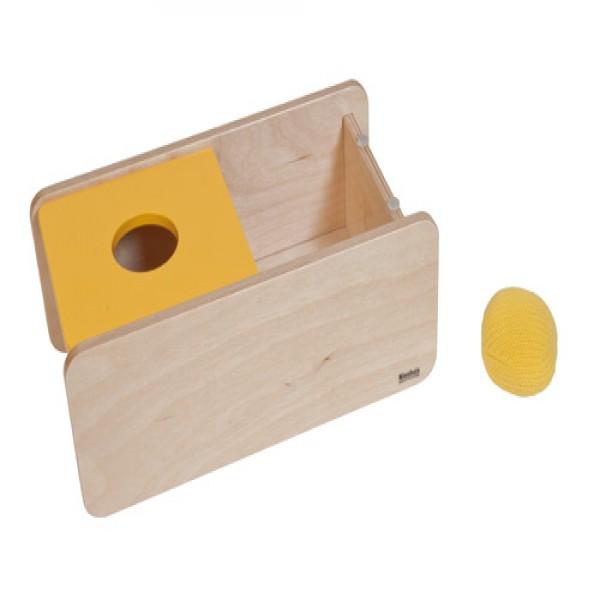 Hộp gỗ màu vàng